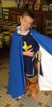 Thumbnail of the Blue caped crusader knight's costume