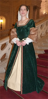 Thumbnail of the Duchess of the Perron's costume