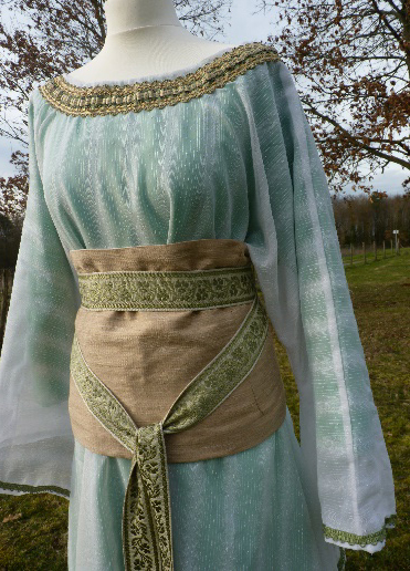 Detail of the Sibylle of Anjou's costume