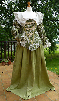 Thumbnail of the Duchess of Chevreuse's costume