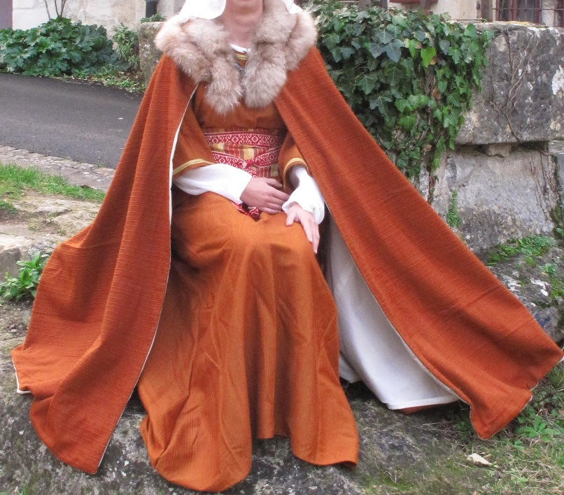 Lady cape from Middle Ages