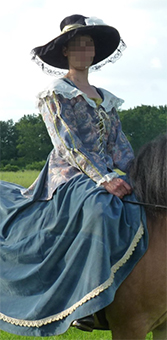 Thumbnail of the Emily of Boislambert's costume