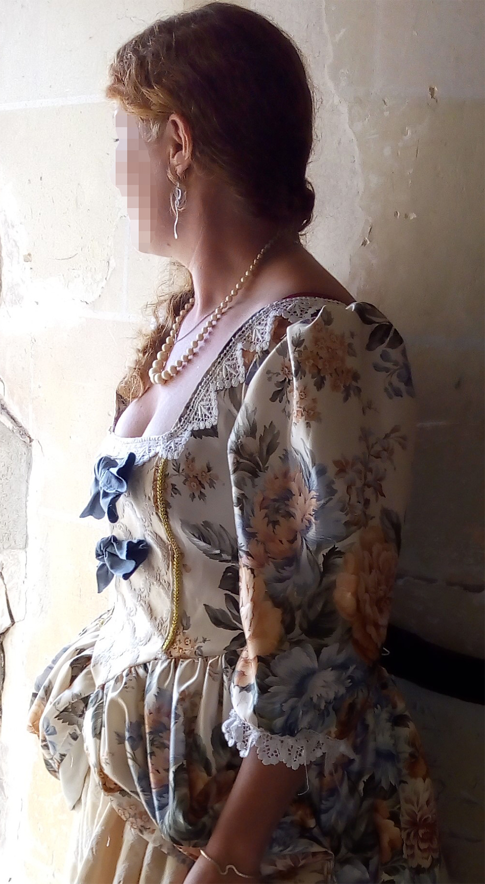 Detail of the Marchioness of Marmande's costume