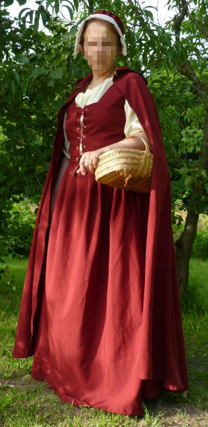 Marguerite of Arcons' costume