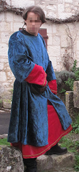 Thumbnail of the Geoffrey of Bruères' costume