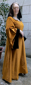 Thumbnail of the Ann of Brittany's costume