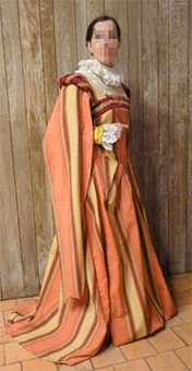 Thumbnail of the Lady of Saint Luc's costume