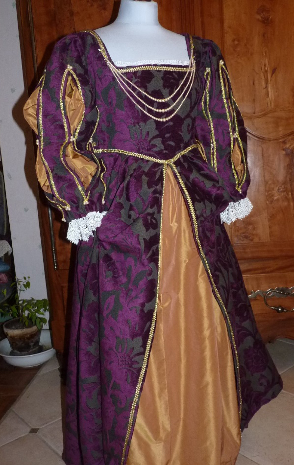Duchess of Valentinois' costume