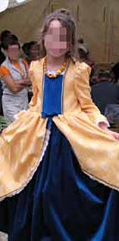 Thumbnail of the Duchess of Bruères' costume