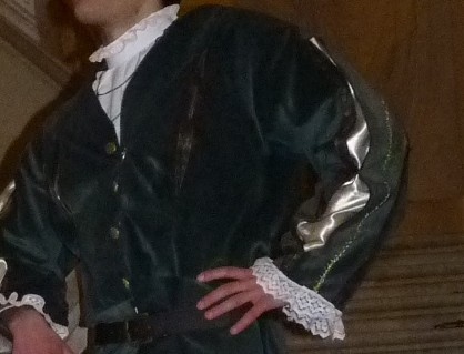 Detail of the Earl of Lille's costume