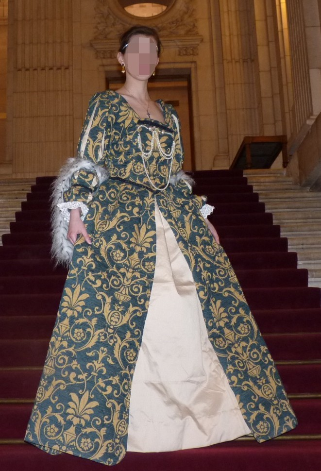 Duchess of the Marche's costume