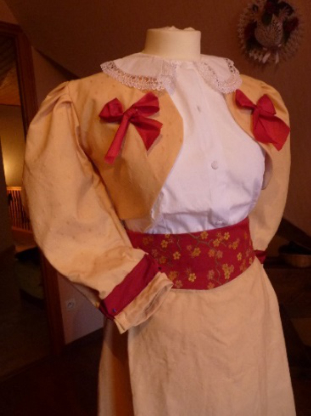 Detail of the Miss Irene's costume