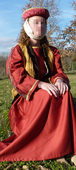 Thumbnail of the Emma of Stirling's costume